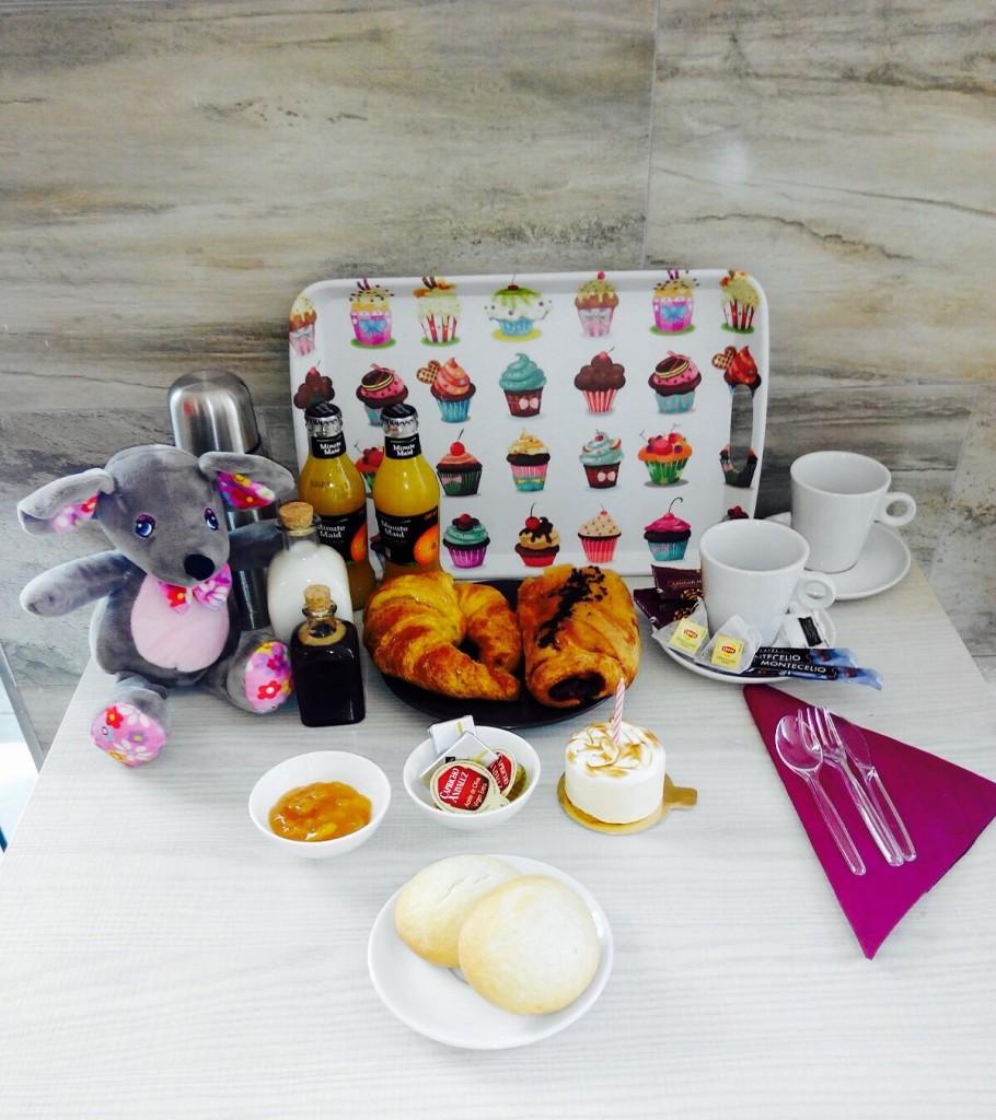 desayuno CUMPLEAÑOS desayunos a domicilio valencia
